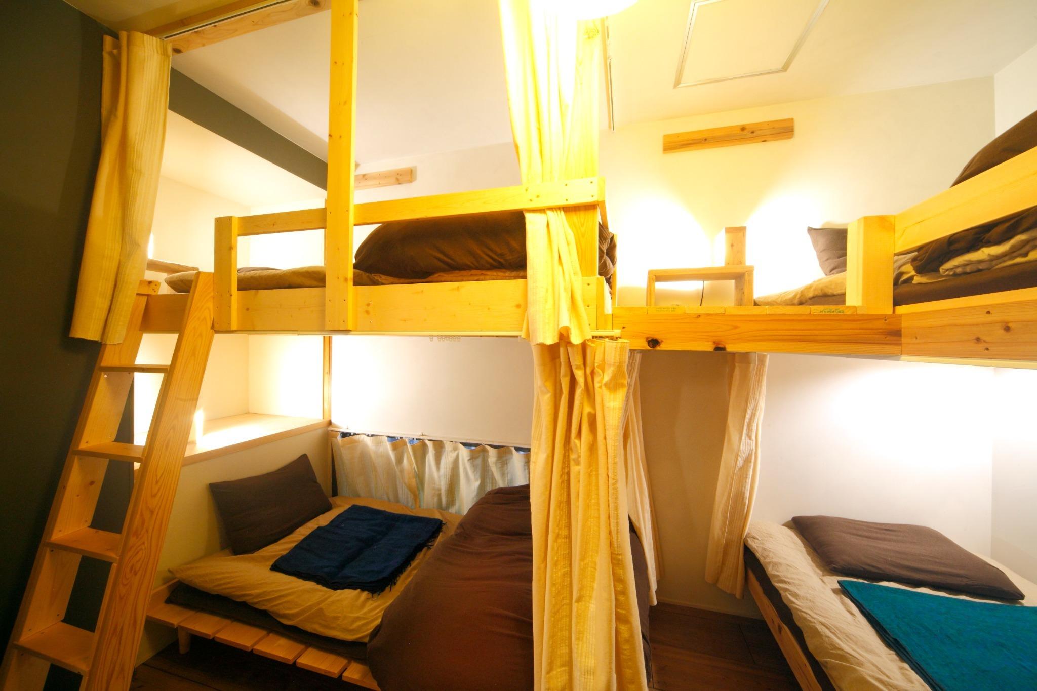 4人部屋 2段ベッドx2