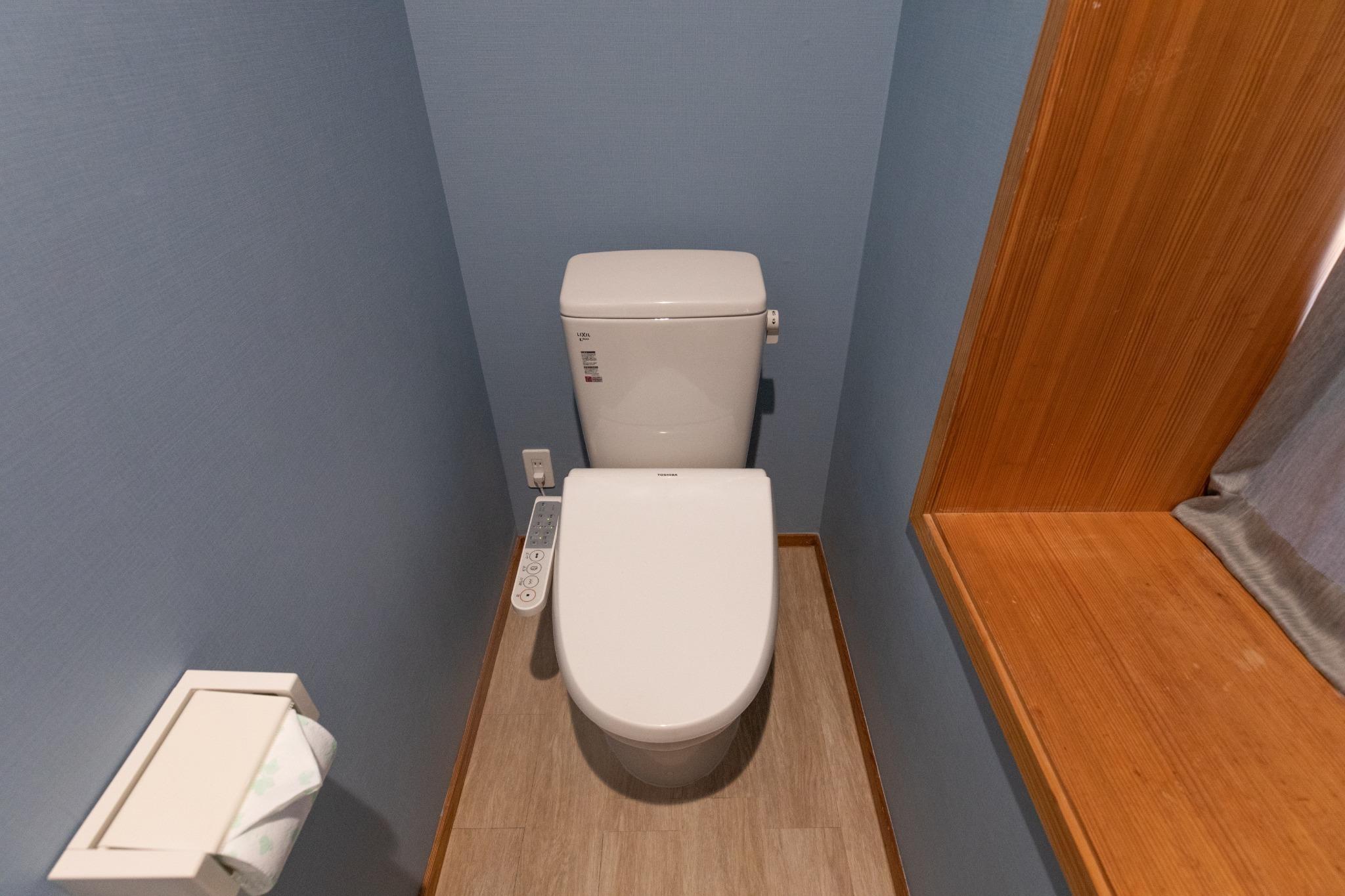 2F Toilet 2階 トイレ