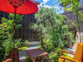 高山市伝統的建造物と暮らす一棟貸しのお宿施設全景
